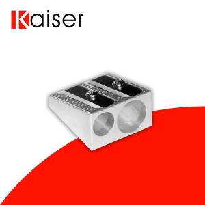 Sacapuntas de metal doble orificio marca Kaiser